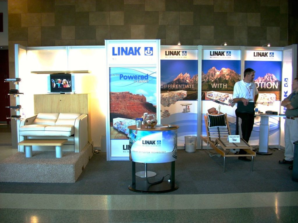 20 Ft In-Line Trade Show Display 2